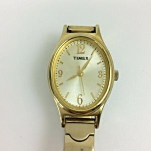 Vintage Timex Ladies Watch Oval Face Gold Tone
